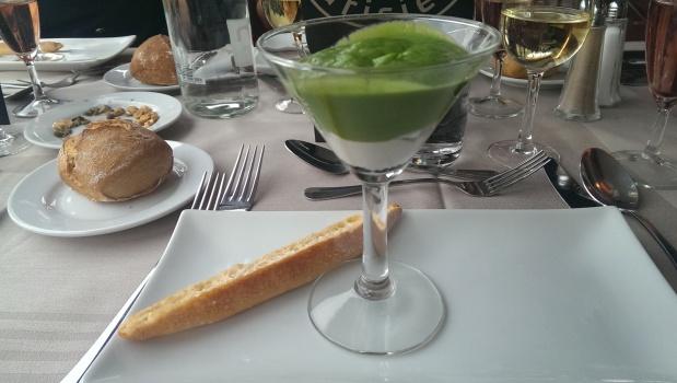 Entrée: Coupe rafraichie de brocolis, Saint-Jacques